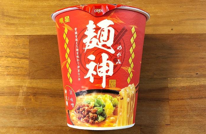 麺神カップ 神太麺×旨 味噌 パッケージ