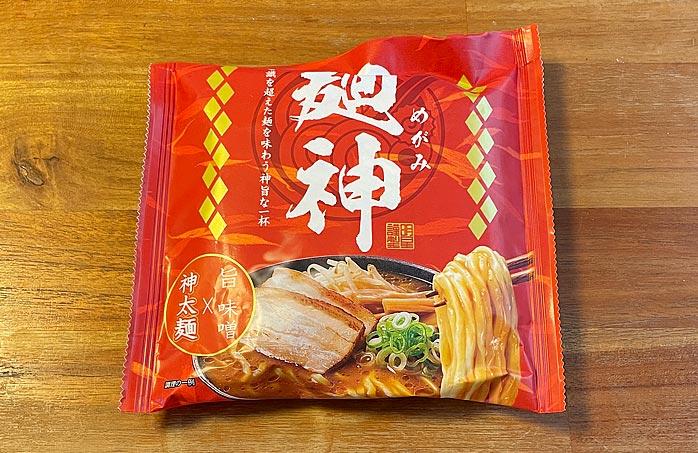 麺神 神太麺×旨 味噌 パッケージ