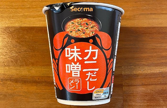 【セイコーマート】 カニだし味噌ラーメン パッケージ